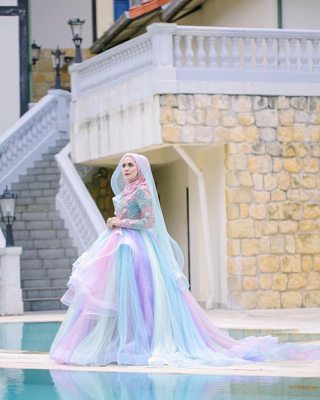 Gaun pengantin muslimah ala fairytales ~ Cikgu Norazimah