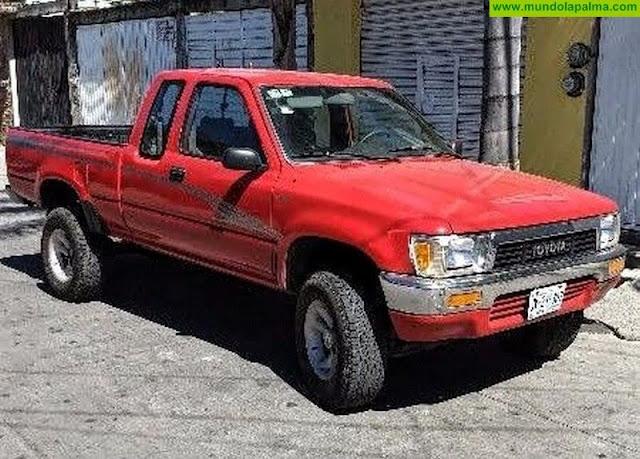 Fallece un hombre tras volcar con su camioneta en El Paso