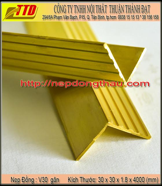 nẹp cầu thang V30 mm