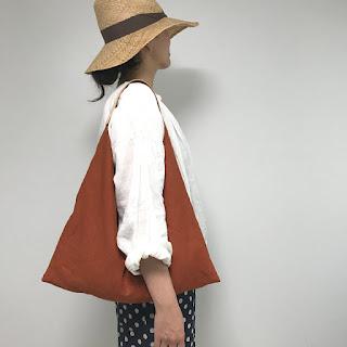 オレンジ麻とレザーの鞄