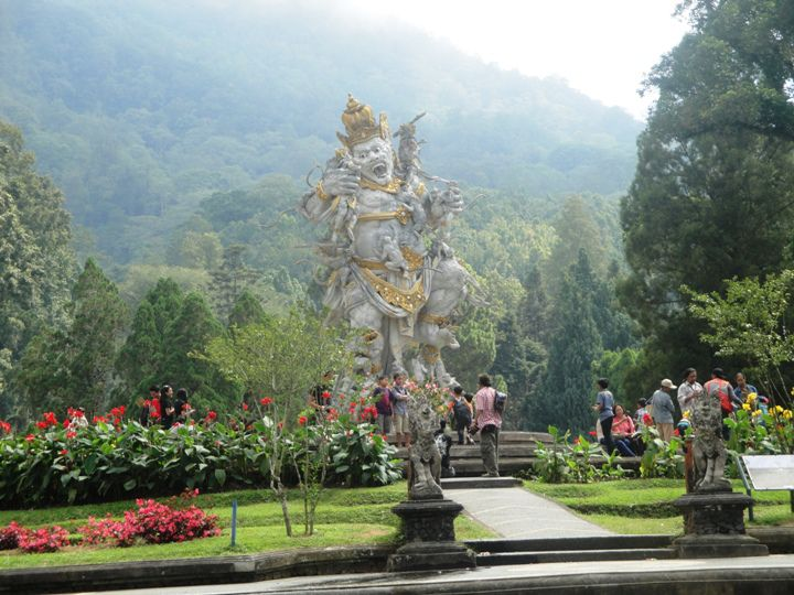 Bedugul Bali Botanical Garden - Tour, Program, Trip, Itinerary, Plan, Schedule, Bali, Holidays, Tours, Bedugul, Eka Karya Botanical Garden, Candi Kuning, Tabanan, North Bali, Attraction