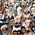 Bahraini demonstrators continue supporting Sheikh Isa Qassim