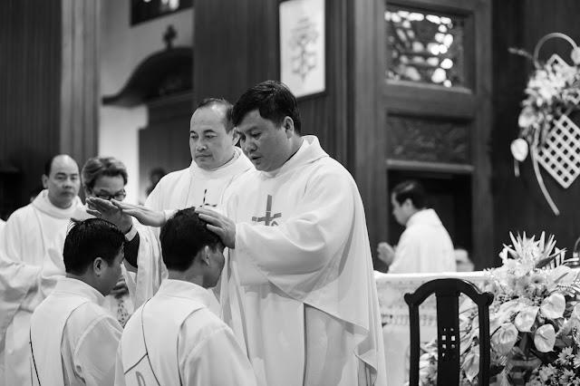 Lễ truyền chức Phó tế và Linh mục tại Giáo phận Lạng Sơn Cao Bằng 27.12.2017 - Ảnh minh hoạ 172