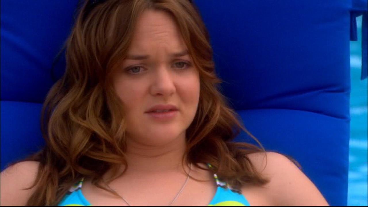 Movie and TV Cast Screencaps: April Matson as Lori Trager ...