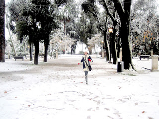 http://s-fashion-avenue.blogspot.it/2012/02/snow-roma.html