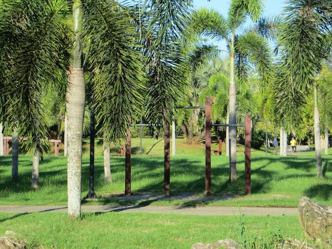 парк в краби таун турник