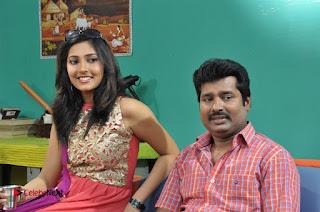 Ennodu Nee Irundhaal Tamil Movie Gallery  0031.jpg