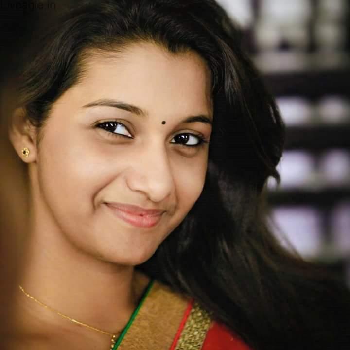 Actress Priya Bhavani Shankar Latest Photo Stills: Priya Bhavani Shankar Hot And Sexy Photoshoot