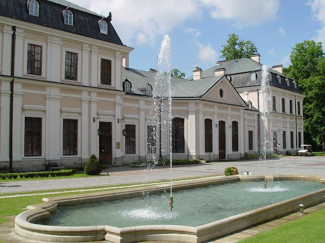 Pałac Sieniawa, Wesele na Podkarpaciu, Miejsca na wesela na Podkarpaciu, Wesele koło Rzeszowa, sale na wesele Podkarpacie, sale na wesele Rzeszów, najciekawsze miejsca na wesele, planowanie wesela Rzeszów
