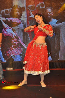 Bollywood Actress Model Sunny Leone Dance Performance in Red Half Saree at Rogue Audio Launch 13 March 2017  0052.jpg