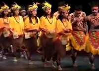 http://senbudi.blogspot.com/2015/11/tari-yospan-budaya-kontemporer-papua.html
