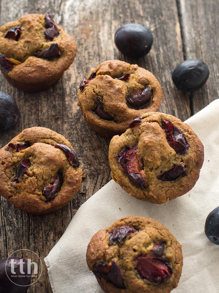 Muffiny dyniowe ze sliwkami - przepis weganski, bezglutenowy, bez cukru