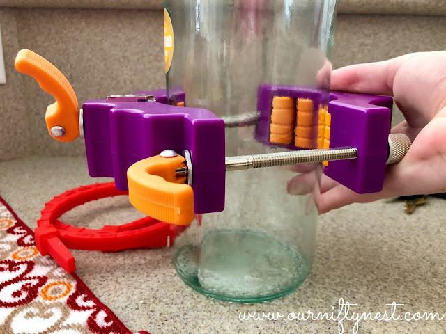 DIY wine bottle makeup brush holder - kinkajou bottle cutter
