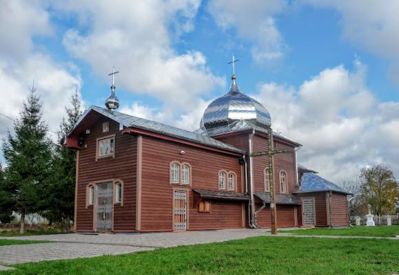 Нежухов. Церковь Покрова Пресвятой Богородицы 1875 г. УГКЦ