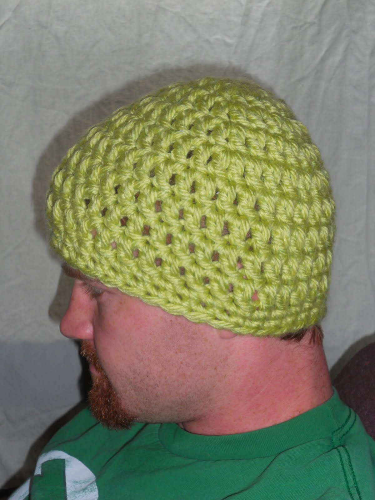Free Basic Super Bulky Beanie Pattern. Here it is! Another free pattern.  This hat has plenty of stretch. They fit both me and my husband comfortably. 4186424b215