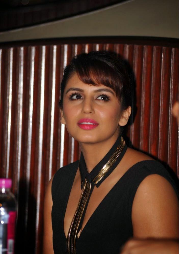Huma Qureshi 2017 Hot Stills In Black Dress