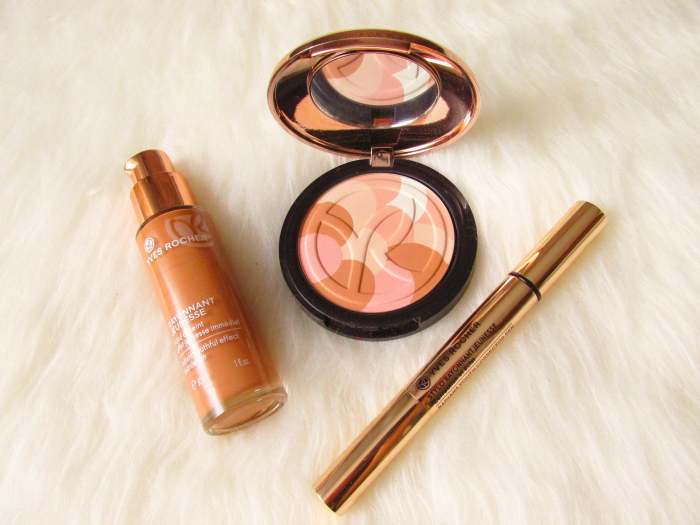 Yves Rocher Blogger Challenge Quelques Notes d´Amour : Instant Youthful Effect Foundation in 300 Doré Limited Edition Universal Complexion Palette Radiant Youth Corrector Pen in 03