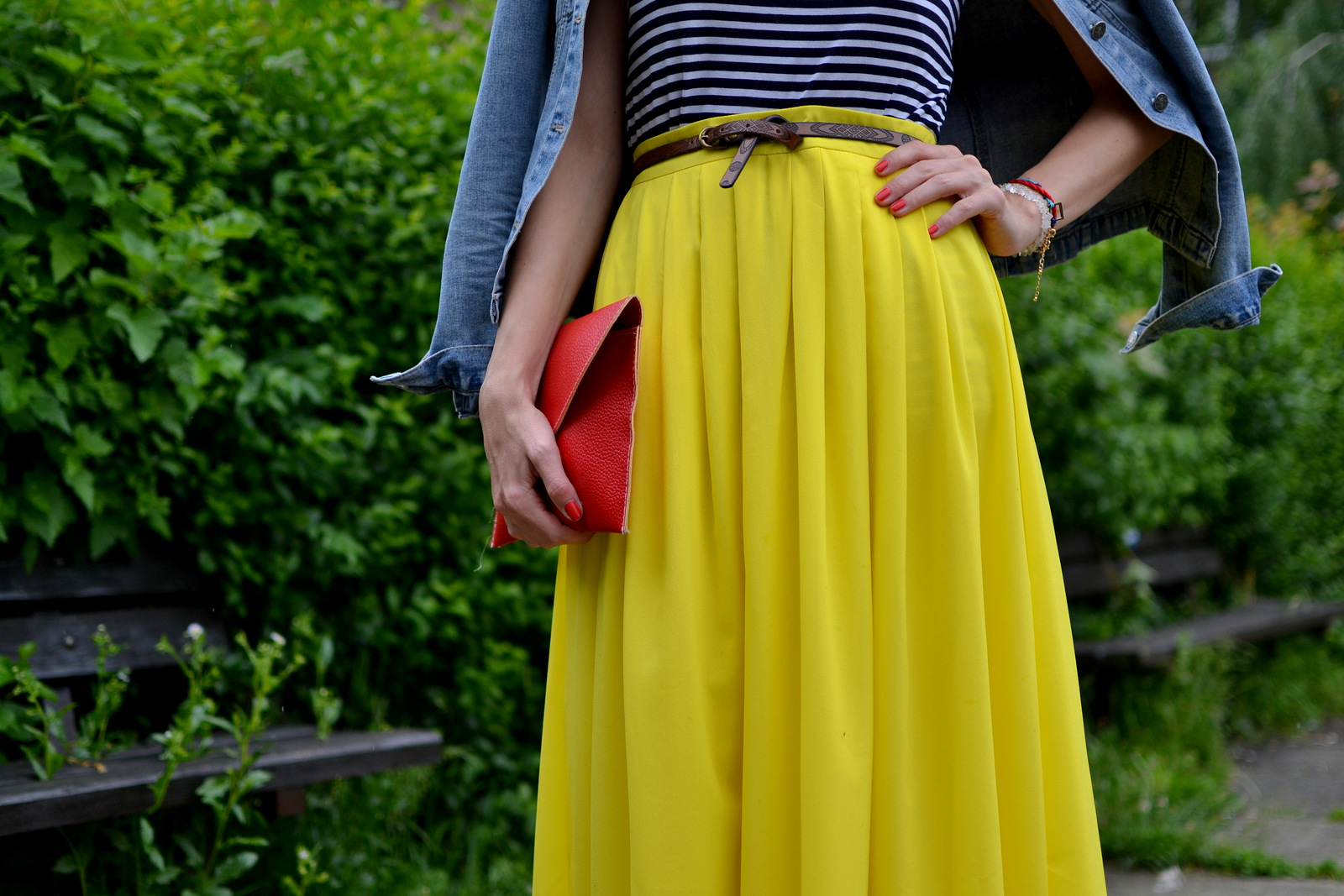 yellow maxi skirt with striped t-shirt