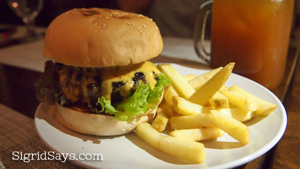 Wagyu burger - Bacolod restaurants - Hat Trick Sports Grill