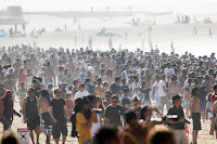 15 Crowd Quiksilver Pro France foto WSL Laurent Masurel