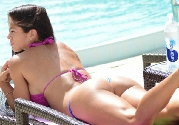 Bikini girls machine guns, penelope cruz elegy scene
