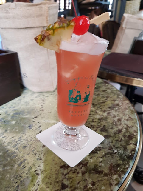 Singapore Sling-Bar-Raffles hotel-Singapore