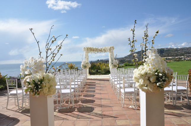 Gorgeous outdoor wedding ceremonies belle the magazine space no3 enchanted garden romantic and classic venue monarch beach resort photographer trista lerit junglespirit Image collections