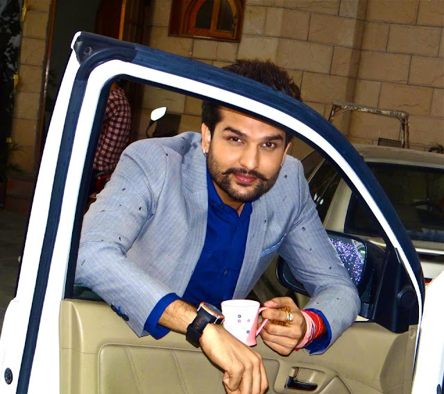Yuvraj hans_son of hansraj_picpile  Harish verma Punjabi Actor