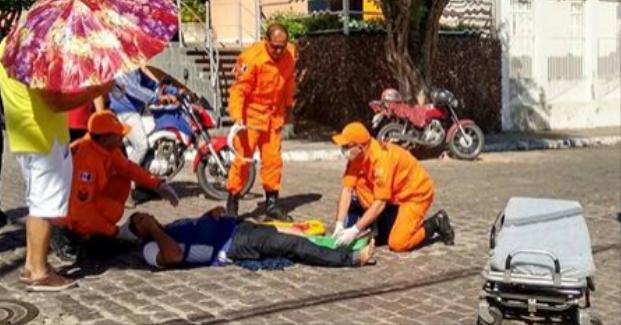 Em Santana do Ipanema, acidente deixa motociclista fica ferido após queda em cruzamento