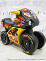 Ride-on Car Yotta Toys 881 Motoracer