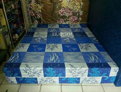 Kasur inoac motif padi biru