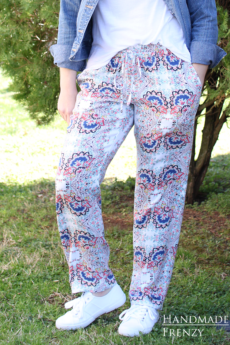 Tierras Woven Joggers Pattern // Sewing For Women