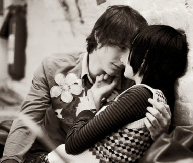 Image result for حضن صور رومانسية