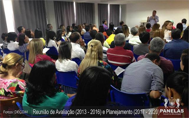 Prefeito de Panelas e secretários realizaram reunião na cidade de Caruaru