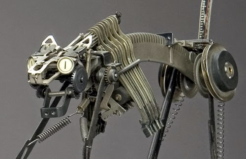 09-Jeremy Mayer-Typewriter-Robot-Sculptures-www-designstack-co