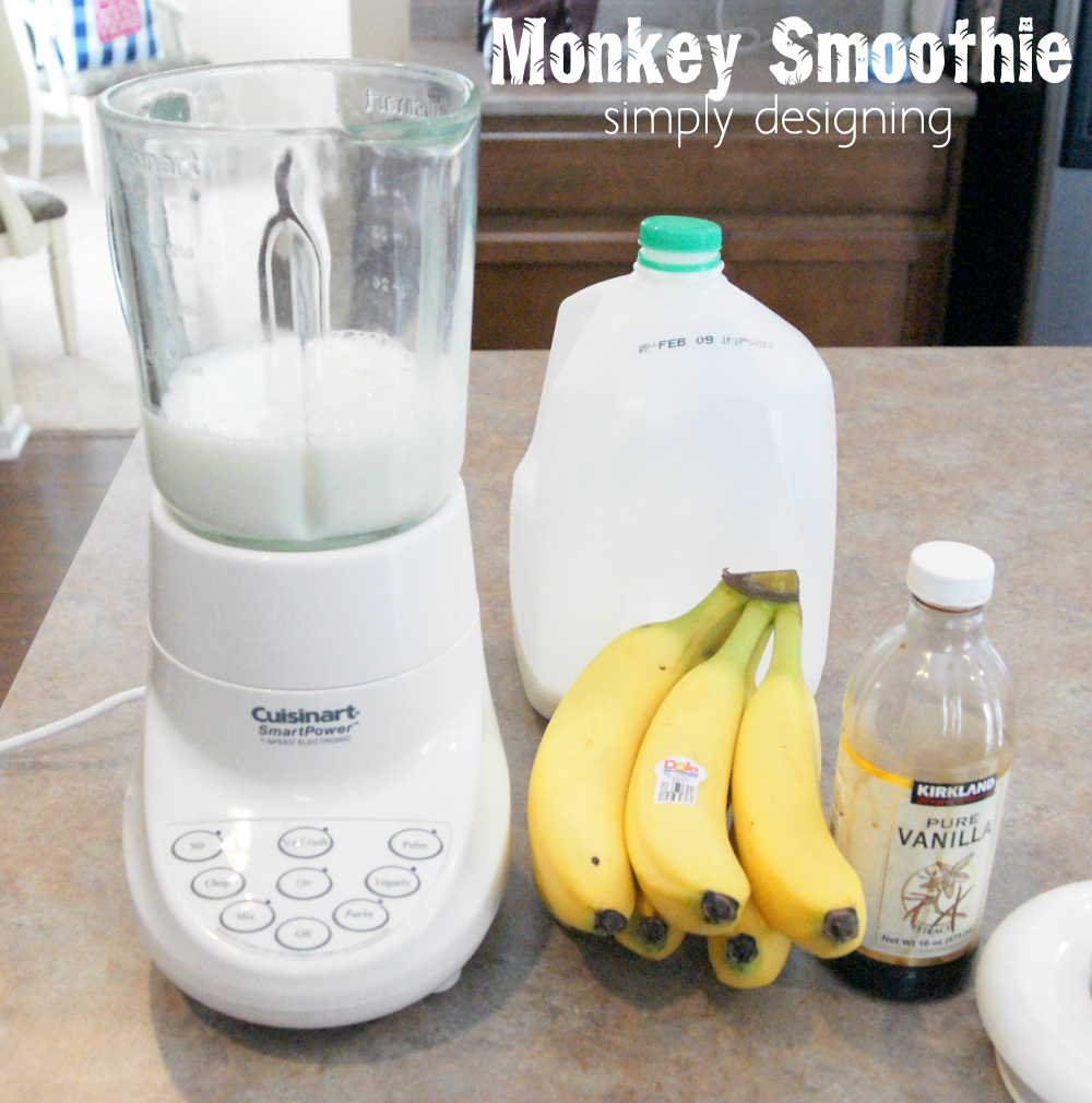 Monkey Smoothie Recipe | Jungle Party | have a healthy Jungle-themed party | Jungle party themed food ideas | FREE jungle-themed printables | #party #junglefresh #shop #printables #recipe #drinks