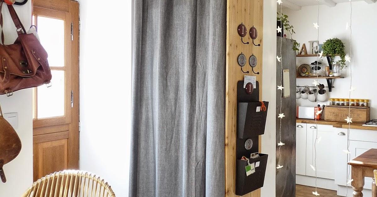 rue rivoirette amenagement une penderie dans mon entr e. Black Bedroom Furniture Sets. Home Design Ideas