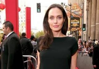 Σκελετωμένη η Jolie! Δεν θα πιστεύετε πόσα κιλά ζυγίζει... [photos]