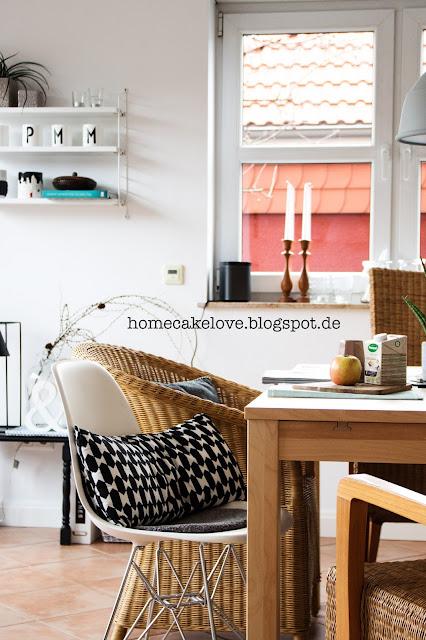Esszimmer, dames chair, string regal, skandinavisch wohnen,ikea korbstuhl