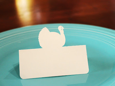 http://www.tiffzippy.com/turkey-thanksgiving-place-cards/