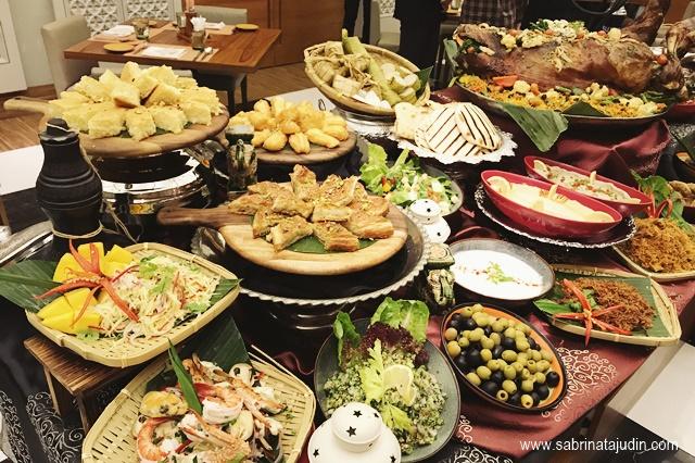 buffet ramadan 2017 preview doubletree hilton johor bahru rh sabrinatajudin com hilton buffet price in sri lanka hilton buffet price kuwait