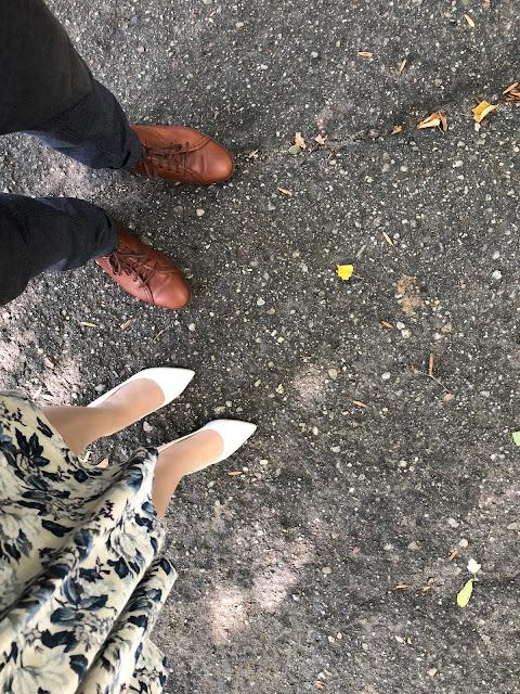 buty wspólne zdjęcie para chodnik kazar