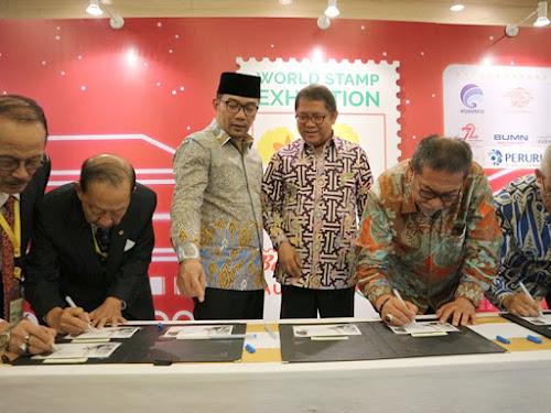 Pembukaan pameran Filateli Dunia di Bandung