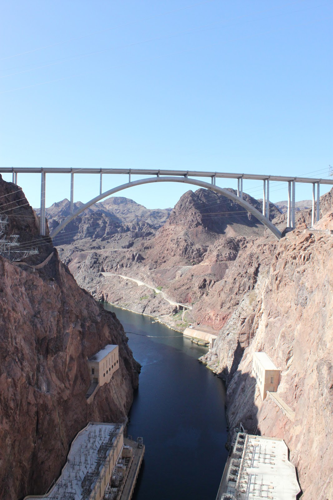 Vegas Vacation Dam: It's Fun 4 Me!: Las Vegas Vacation: Road Trip To Hoover Dam