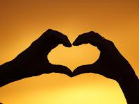 Kumpulan Puisi Cinta  Berbagai Tema Untuk Sang Kekasih
