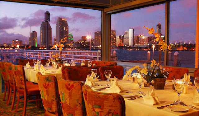 Peohe's Coronado Waterfront Restaurant em San Diego