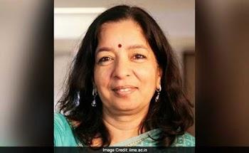 एक्सिस बैंक की प्रमुख शिखा शर्मा के कार्यकाल में कटौती