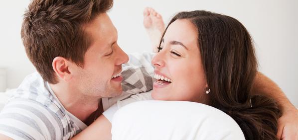 Tips Memanjakan Istri Saat Bercinta