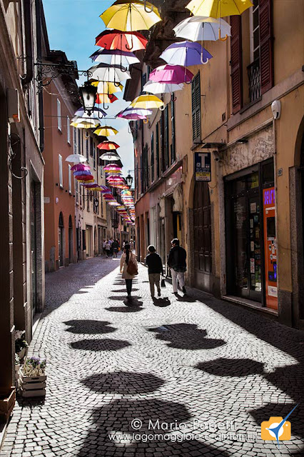 Ombrelli in Via Cavour