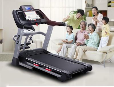 sử dụng máy chạy bộ cho người cao tuổi